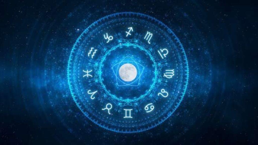 delhi astrologers
