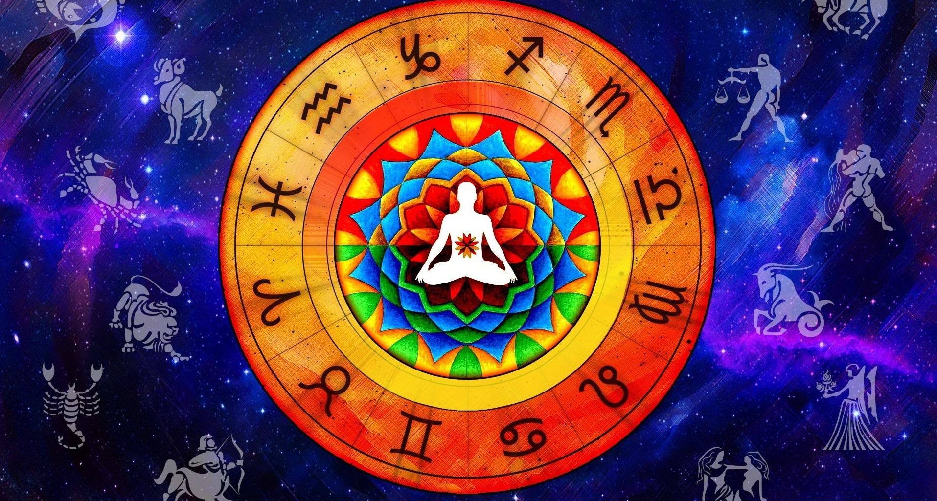 famous astrologer in Delhi